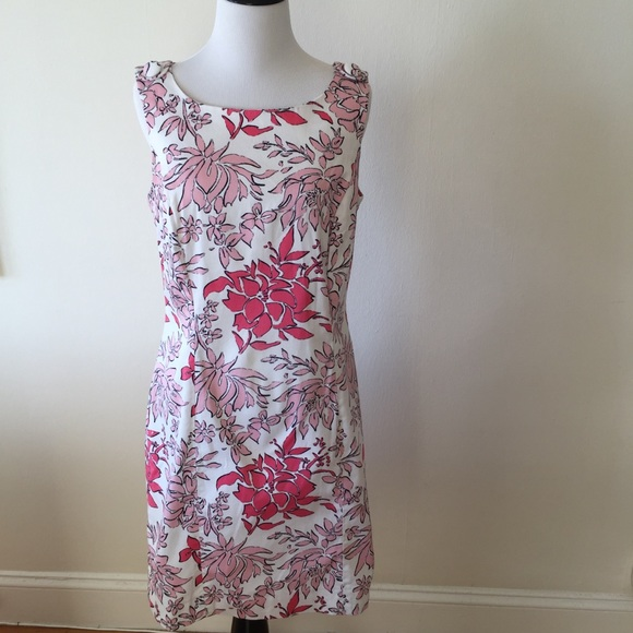 Brooks Brothers Dresses & Skirts - Brooks Brothers floral sheath dress - size 6